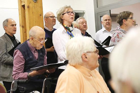 Auftritt des Singkreises im Erfttal